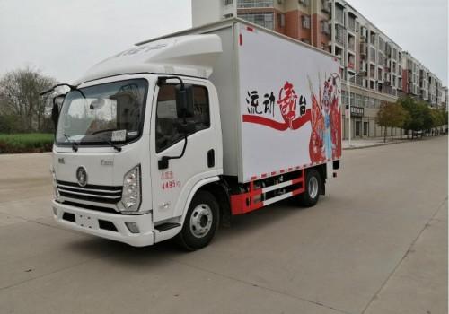 2021款陕汽德龙舞台车